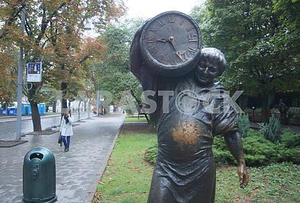 Monument to Pivovar in Lviv