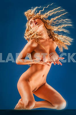 Nude girl with in a dynamic pose