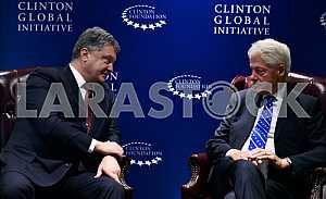 Petro Poroshenko and Bill Clinton