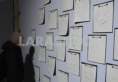 "Sketches of portraits at the exhibition ""Revolution"""