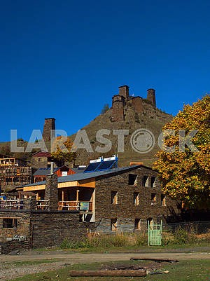 House in Upper Omalo and Keselo Fortress