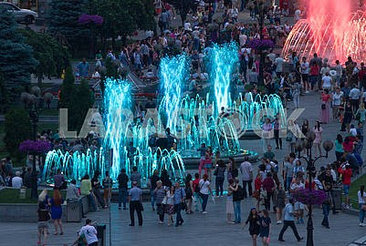 Color music fountains on the Independence Square