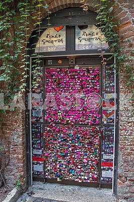 Door in Romeo and Juliet Cafe