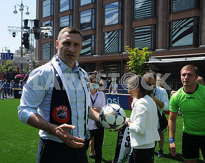 Vitali Klitschko in the fan zone