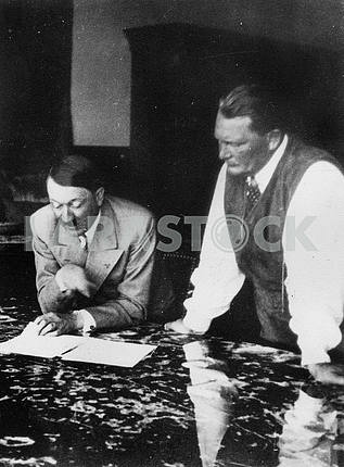 Adulf Hitler and Hermann Goering.