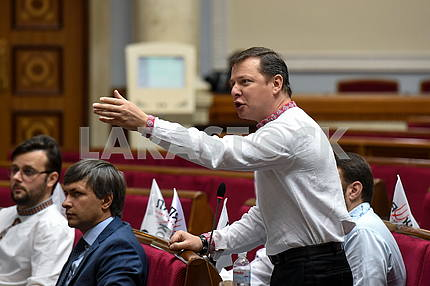 Oleg Lyashko during the meeting of the Verkhovna Rada