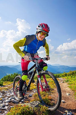 Racer on Mount Synyak