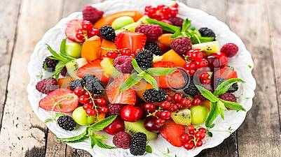 Fresh, delicious ripe berries and fruits are healthy!