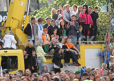 Spectators on Khreshchatyk
