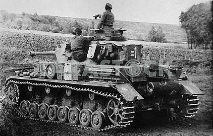 German middle tank T-IV (G)