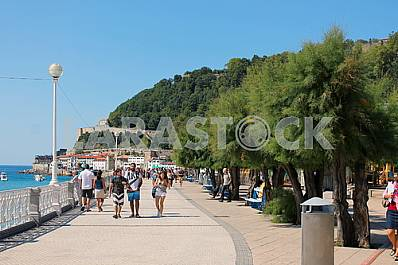 Spain: the promenade in the resort city of San Sebastian