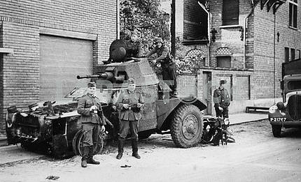 Germans protecting streets
