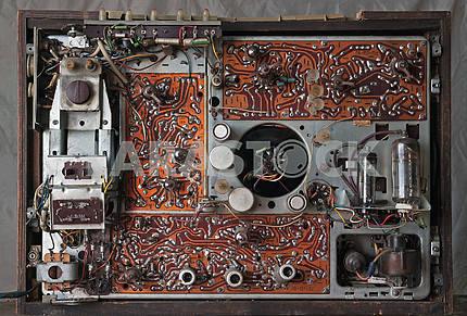 Старый советский ламповый телевизор внутри