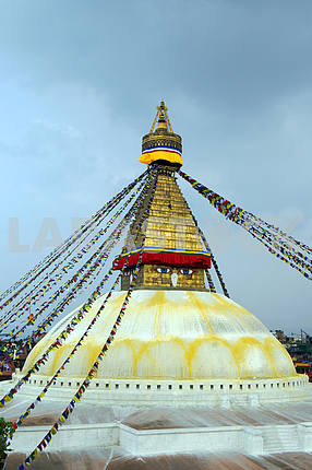 The dome of the stupa Botnath