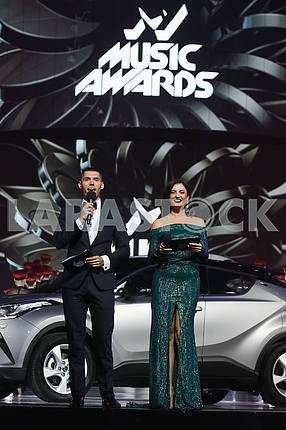 Nikita Dobrynin, Olya Tsybulskaya at the award ceremony of the M1 Awards 2016
