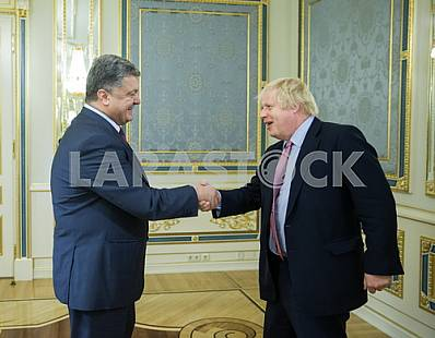 Petro Poroshenko and Boris Johnson