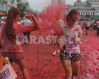 Color Run members throw paints on holi