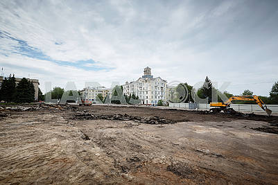 Reconstruction of the central square of Kramatorsk.