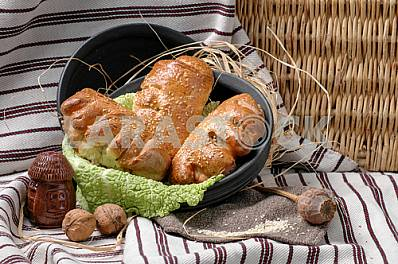 Rolls with apple filling