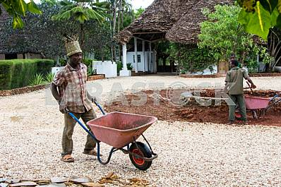 Zanzibar, Local people work