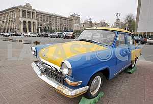 Volga car on the Maidan in Kiev