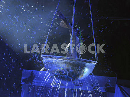 """Circus on the water with the play """"Water and Fire"""""""