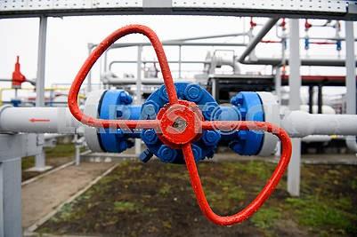 Valve on gas installation