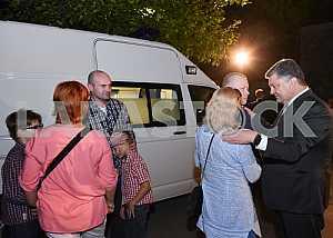 Poroshenko met with the release from captivity