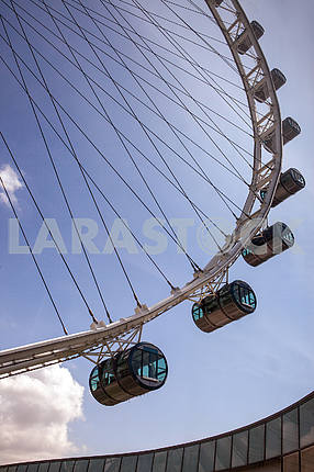 A giant Ferris wheel located in Singapore.