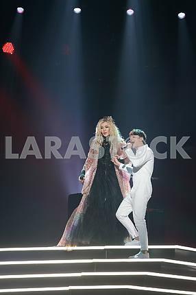 Irina Bilyk and Alekseev at the awarding ceremony of the M1 Awards 2016