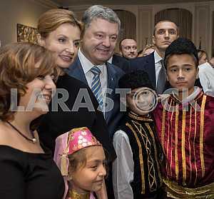 Poroshenko addressed the representatives of the Diaspora