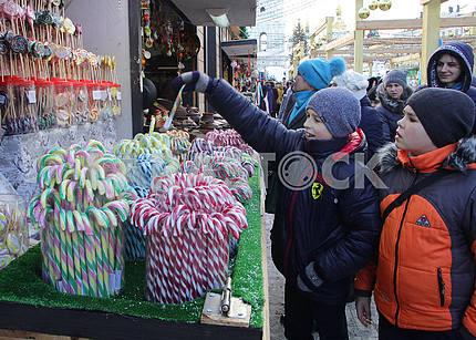 Children choose sweets