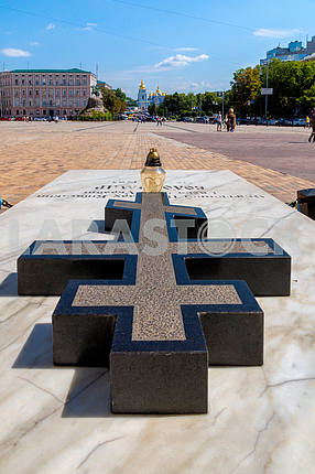 Kiev, St. Michael, the patriarch, Sofia, Ukraine, granite, summer, tomb, marble, square, cathedral, cross