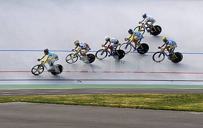 Cyclists on the track