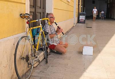 Street musician in Split