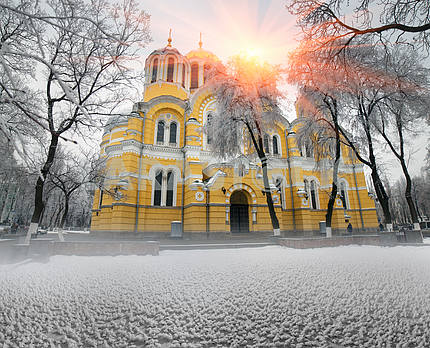 Vladimirskiy in winter temple