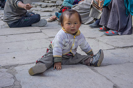Child on the street in Nepal