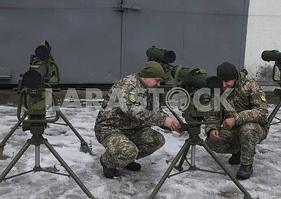 """Military personnel at the anti-tank complex """"Corsair"""""""