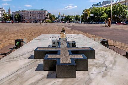 Tomb of Ukrainian human rights activist, Patriarch Volodymyr (Romaniuk Basil) at the Sofia Square in Kiev