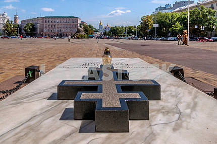 Tomb of Ukrainian human rights activist, Patriarch Volodymyr (Romaniuk Basil) at the Sofia Square in Kiev