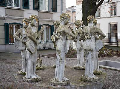Sculpture in Zurich