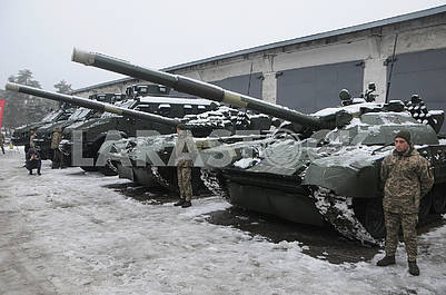 Tanks on the territory of the Kiev armored plant