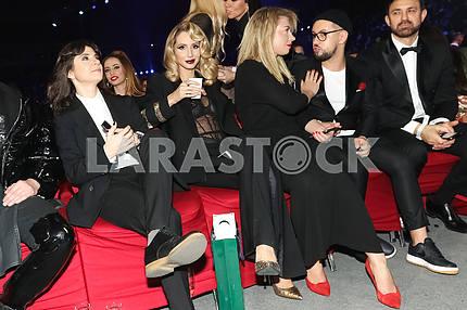 Natella Krapivina, LOBODA, Yula and Monatik at the award ceremony of the M1 Awards 2016