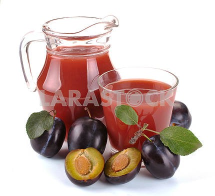 Plum juice and fruit