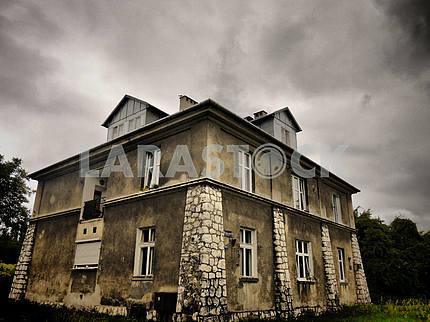 Gloomy House