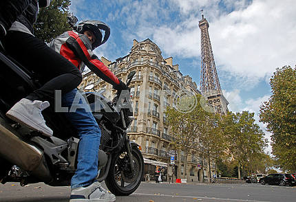 People on a scooter in Paris