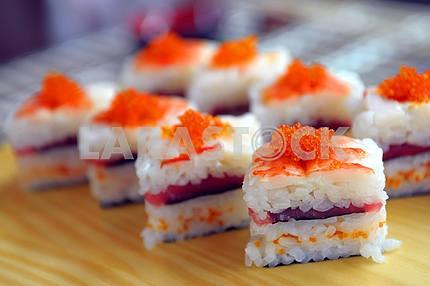 Sushi with a tuna