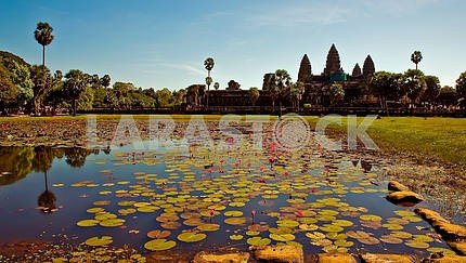 Angkor, the lake and the central temple
