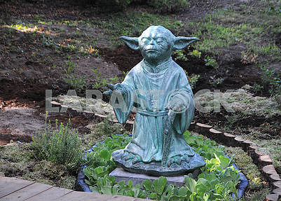 Statue of the master Yoda
