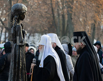 Filaret at the ceremony honoring the memory of victims of famines